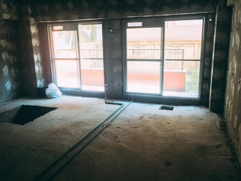 内装工事会社を売却しようと思ったら!小さな会社の株式譲渡、事業譲渡するなら日本M&Aファーストにご相談。